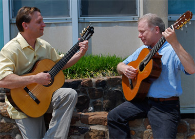Guitar seminar strikes chord with students