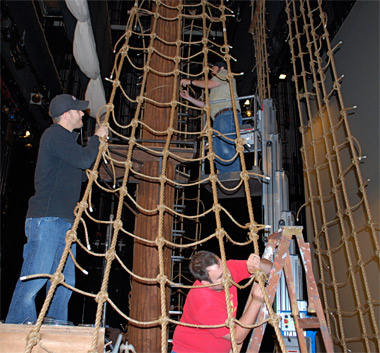 how to make a pirate ship rope ladder