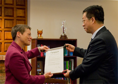 Chancellor Rita Cheng and Northeast Normal University President Liu Yichun