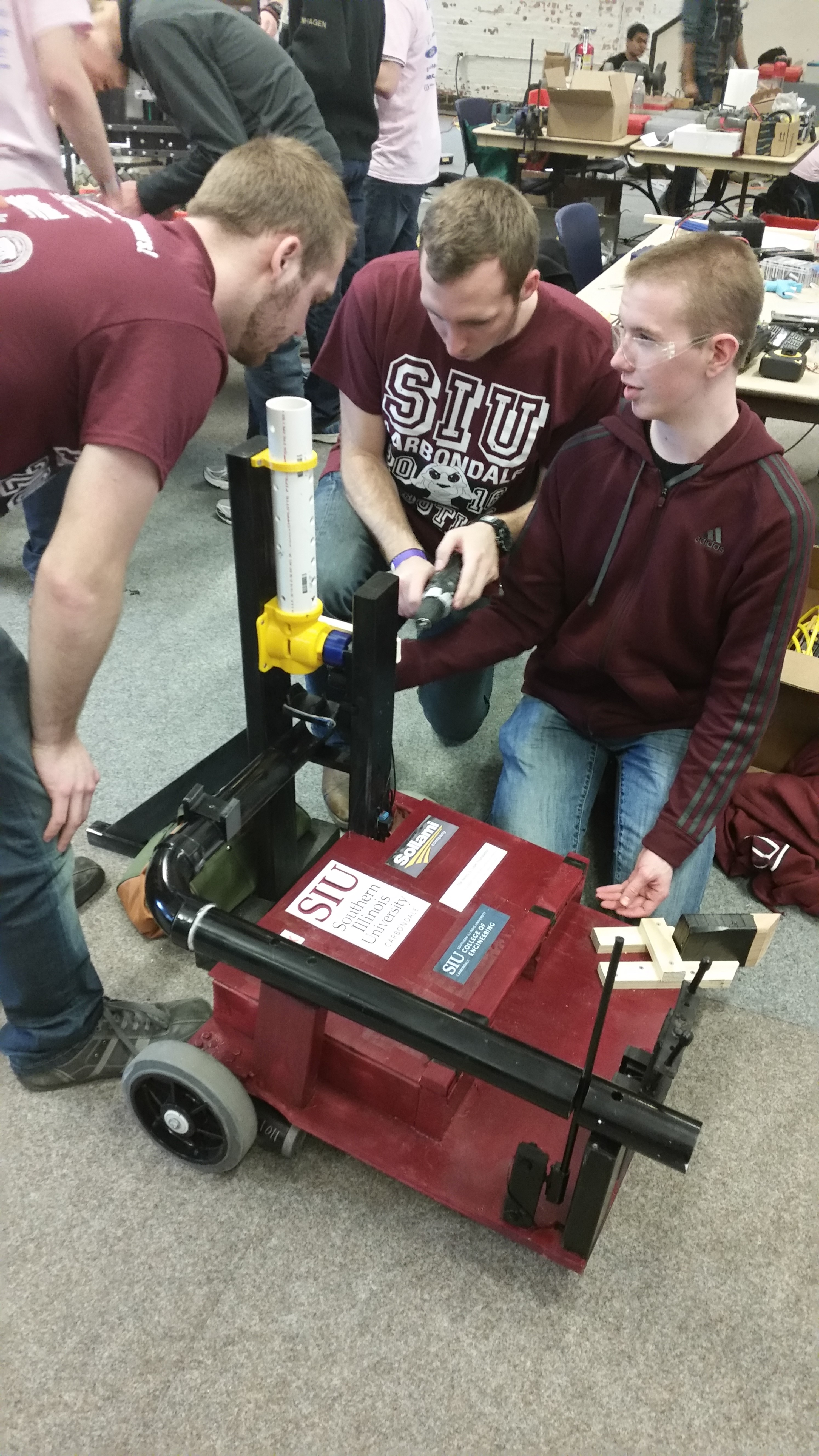 SIUC engineering students