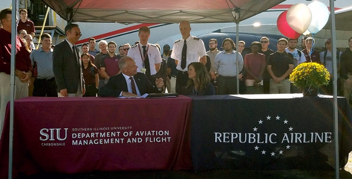 An agreement between Southern Illinois University Carbondale and Republic Airline